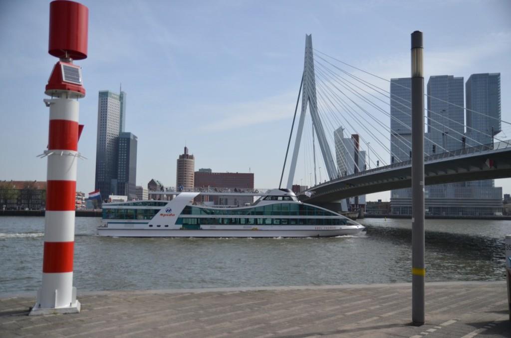 Bild: Rotterdam  Brücke Pausenblicke